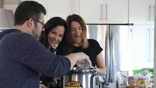 Instant Pot Mug Cakes with Mary-Louise Parker