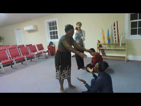 Liora Ziet con't teaching women's meeting, Bahamas