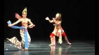 Srikandi Cakil Dance
