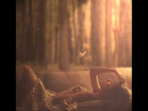 Клип Dana Glover - Maybe