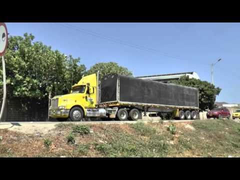 COLOMBIA TRUCKS HOT WORK ON THE HILLS FEB 2016