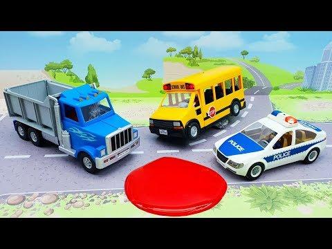 Полицейская машина Грузовик Желтый автобус в видео - Куда он едет!
