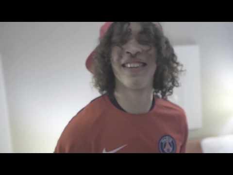 Lil Saint Ft Chrisjeboy - Young Thug (Prod.BeatsByBlaze )( Music Video )