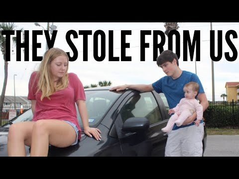 Our Car Was Broken Into... | Teen Mom Vlog