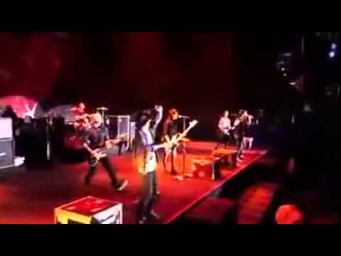 SIMPLE PLAN - SUMMER PARADISE feat. TAKA [ LIVE ]