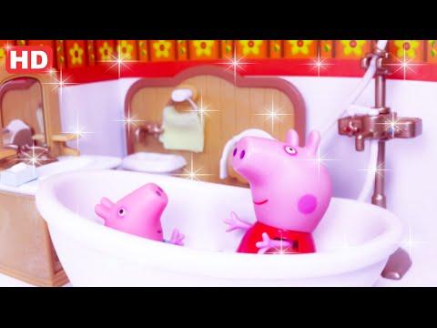 PEPPA PIG E GEORGE BANHO DE ESPUMA E BRINCADEIRA NA BANHEIRA PORTUGUÊS! BUBBLE BATH AND PLAY IN BATH