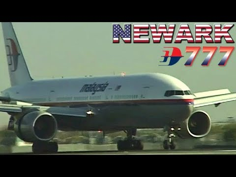 Malaysia Airlines Boeing 777 at Newark Airport (2001)