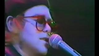 Elton John - 1977 - London - Blue Moves Tour (Full Concert) (HQ)