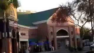 2013 -14: Tulare Outlet Center. CA. Christmas Shopping
