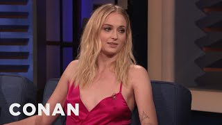 "Sophie Turner Blames Kit Harington For The Infamous ""Game Of Thrones"" Coffee Cup - CONAN on TBS"