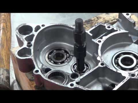 2 Stroke Engine Disassembly   Blind Bearing Removal   11 03 14