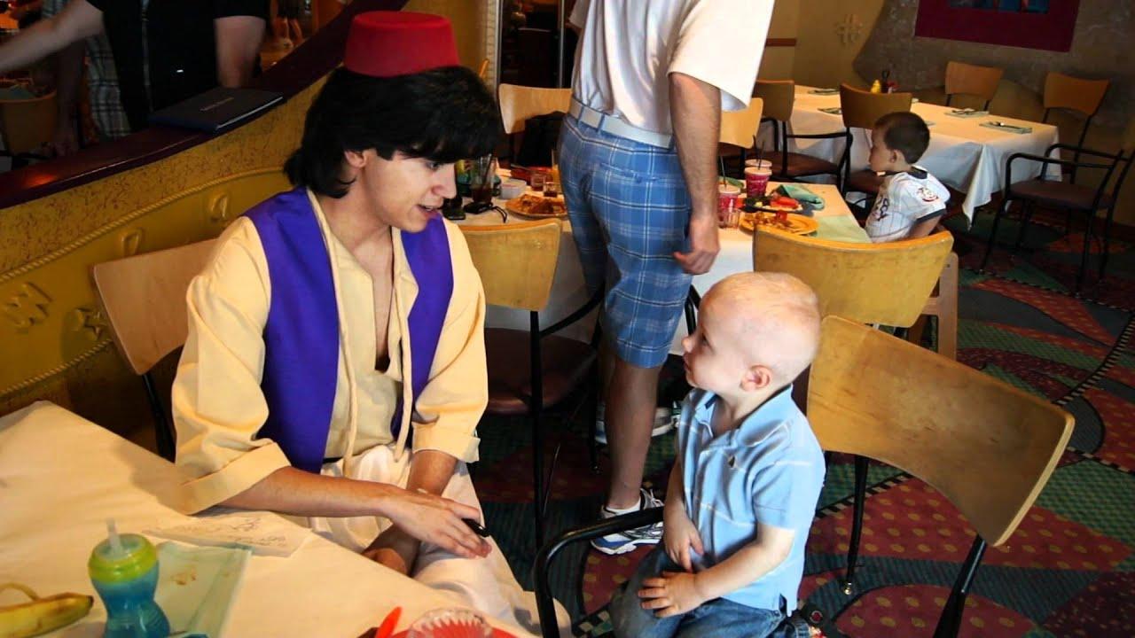 Jaden Meets Aladdin At Goofy 39 S Kitchen In Disneyland Hotel Youtube