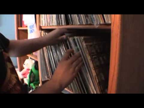 """33 Revolutions"" - A Documentary about Record Collectors"