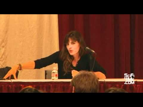 Planet Comicon 2010 Panel: MIRA FURLAN