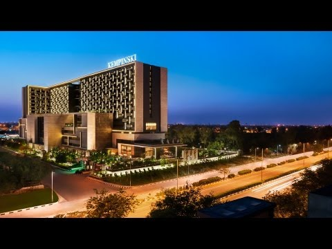 Restaurants at Kempinski Ambience Hotel Delhi featured in Chatpati Dilli on AajTak