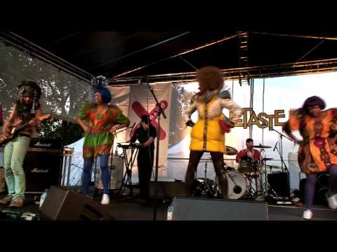 Ebony Bones - OneTaste & Royal Parks Stage, Fete De La Musique, London