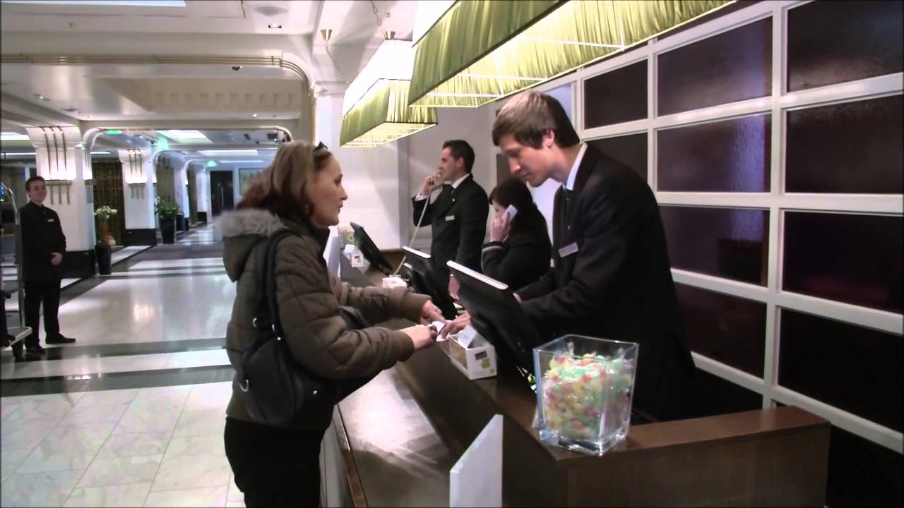 Guest Welcome Services In Hotel Youtube