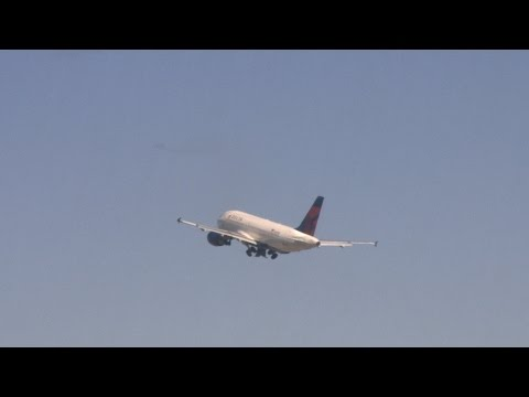 Snagging Frequent Flyer Miles   Consumer Reports