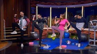 Diajak Yoga Bareng Maria Vania, Vincent & Desta Ragu