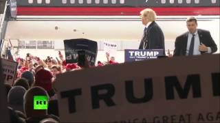 Protester jumps fence at Trump rally in Ohio, quickly taken down by security