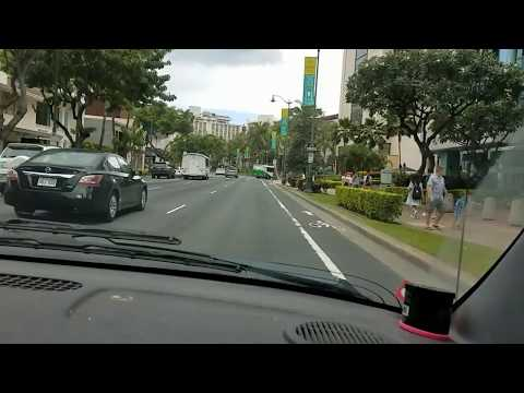 Passing thru Waikiki heading to the Waikiki Aquarium.