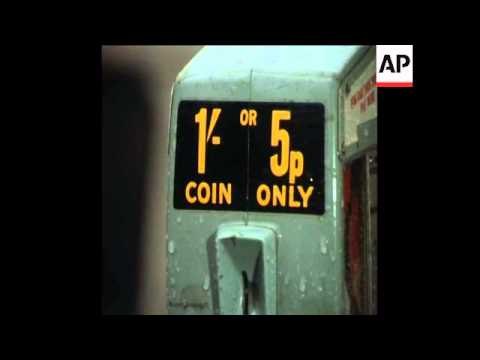 SYND 15-2-71 THE FIRST DAY OF DECIMALISED CURRENCY IN THE UK