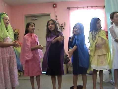 Desert Star Community School 1st Grade Class Play of the ROOT CHILDREN