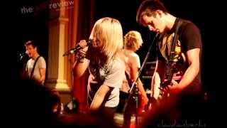 Tonight Alive - What Are You So Scared Of? (Español)