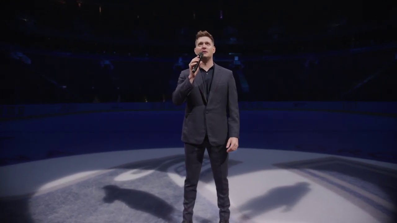 Michael Bublé Sings The National Anthem