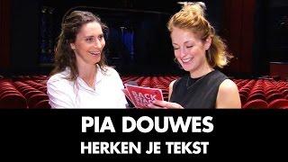 Pia Douwes gaat de uitdaging aan | Herken Je Tekst
