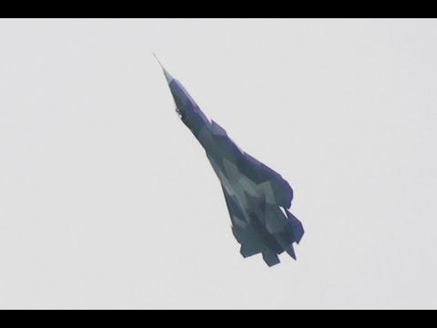 Sukhoi PAK FA / T-50 doing the Pugachev's Cobra at MAKS 2013 ПАК ФА