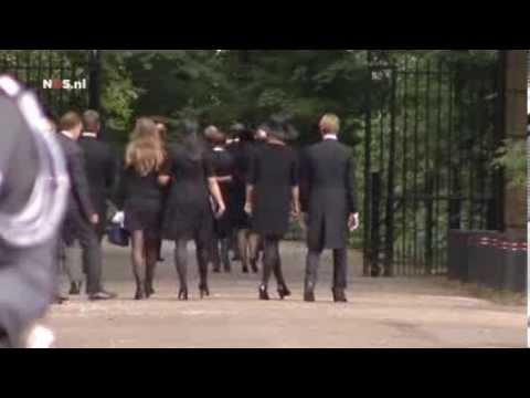 Rouwstoet koninklijke familie naar begrafenis Friso