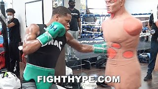"DEVIN HANEY ""OLD SCHOOL WITH THE NEW"" TRAINING; SHARPSHOOTING BEFORE SPARRING WORK FOR RETURN"