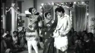 Dum Dum Dum Melam - Edhiroli - Sivaji Ganesan, Nagesh, Sivakumar & Lakshmi