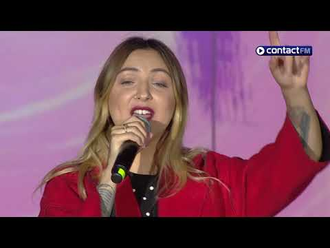 JULIA MICHAELS - Issues (live) - Grand Live Contact FM