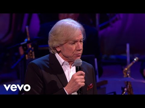 Burt Bacharach - What The World Needs Now ft. Justin Hayward