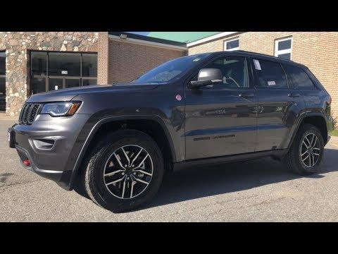 2019 Granite Crystal Metallic Jeep Grand Cherokee Trailhawk 4x4