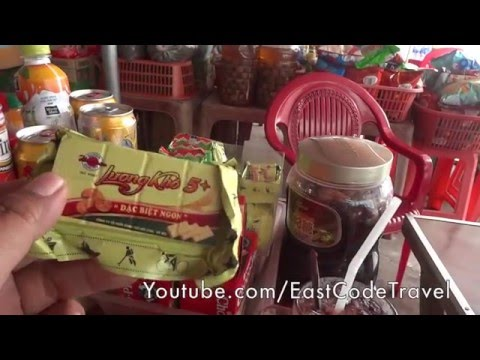 Vietnamese food shop at bus station review