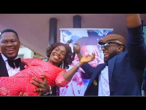 Iyanya delights newlyweds with a surprise #BowForYou performance at the Ikoyi Registry #IyanyaPopUp