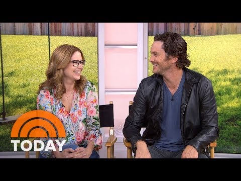Jenna Fischer And Oliver Hudson Talk About 'Splitting Up Together'  TODAY