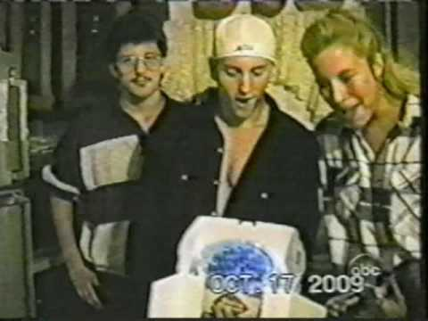 Happy Birthday Eminem - Family Tape home video on ABC #HappyBirthdayEminem (eminem50cent.ru)