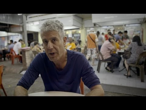 Anthony Bourdain beats jetlag with noodles (Anthony Bourdain Parts Unknown)
