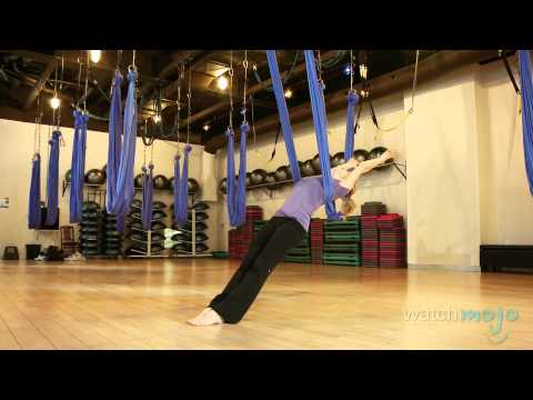 AntiGravity Yoga Technique and Impressive Poses