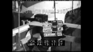Cold War, USA: People Visit Freedom Train 250203-04