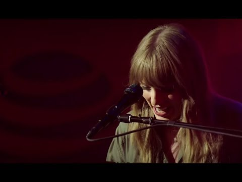 Taylor Swift All Too Well # live from Chicago Mp3