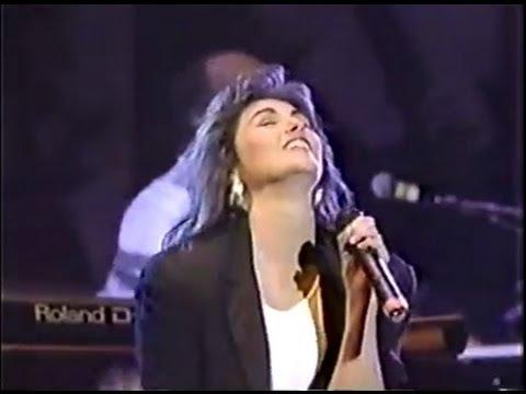 "Laura Branigan - ""Gloria"" LIVE [cc] Atlantic Records 40th No watermark"