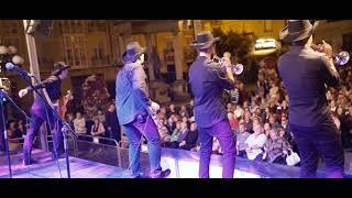 Video Puro Relajo en Vitoria / Gasteiz - Fiestas de La Blanca 2017 download MP3, 3GP, MP4, WEBM, AVI, FLV Juni 2018