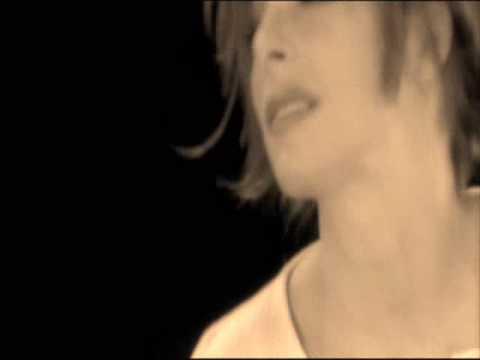 Mylène Farmer - L'amour n'est rien