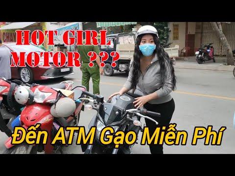 HOT GIRL chạy xe phân phối lớn đến ATM Gạo làm gì?   Tại ATM gạo Tân Phú   Vlogs Nguyễn Nghĩa