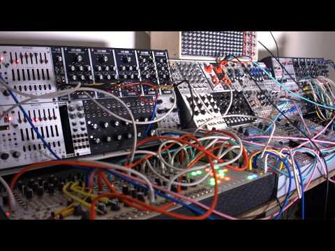 Might As Well Enjoy Ourselves | Techno | Modular Lockdown Day 14 | Colin Benders